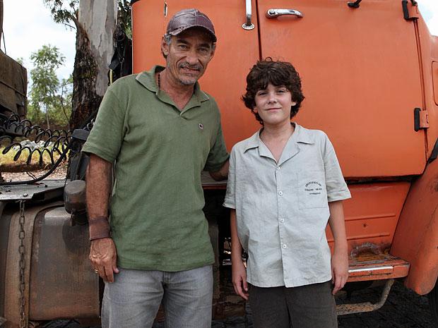 Chico Diaz contracenou com Caio Manhente nas cenas gravadas em Minas Gerais (Foto: Amor Eterno Amor/TV Globo)