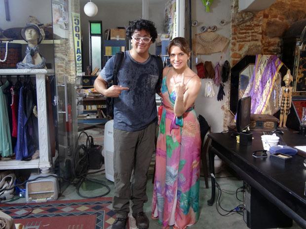 Danton Mello e a colega Letícia Spiller em clima de descontração durante as gravações (Foto: Malhação / TV Globo)
