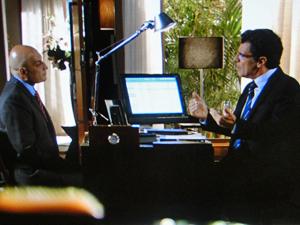 Jonas promete destruir o irmão (Foto: A Vida da Gente/ TV Globo)