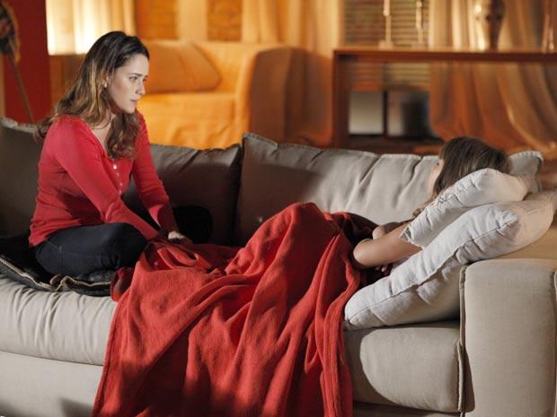 Ana não esperava pela notícia de que Manu não vai ao seu casamento (Foto: A Vida da Gente / TV Globo)