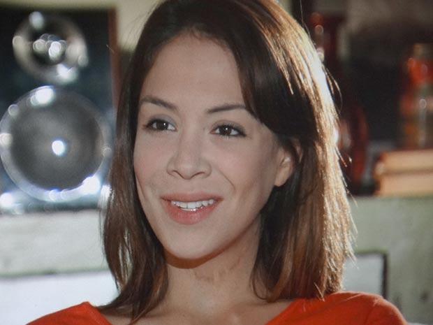 Lorena é capaz de tudo por Tiago (Foto: A Vida da Gente / TV Globo)