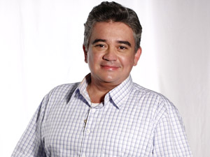 O ator Sandro Christopher (Foto: Aquele Beijo/TV Globo)