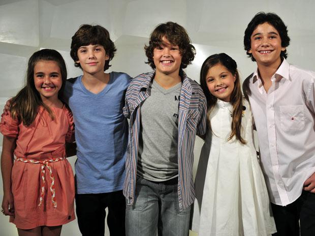 As crianças reunidas na coletiva de imprensa da novela (Foto: Renato Rocha Miranda/TV Globo)