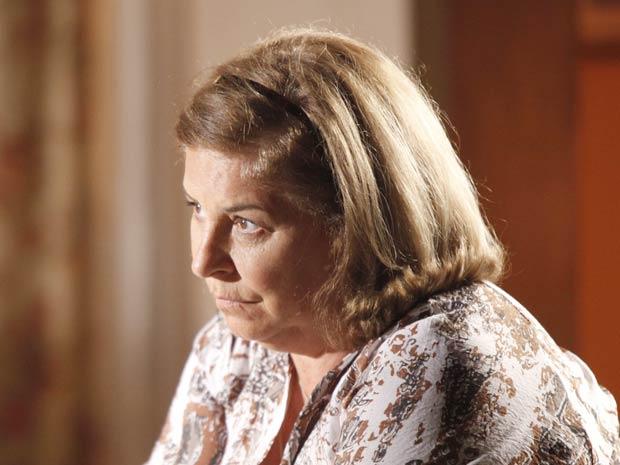 Moema fica triste com o namorado (Foto: A Vida da Gente / TV Globo)