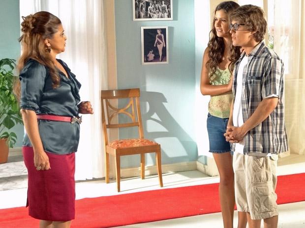 Íntima conversa com Orladinho e Graciosa sobre o concurso (Foto: Aquele Beijo/TV Globo)