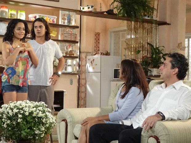 Baltazar fica chocado com o pedido de Daniel, mas acaba deixando a filha se casar (Foto: Fina Estampa/ TV Globo)