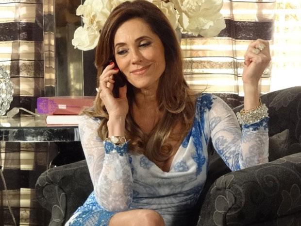 Qual será o segredo de Tereza Cristina? (Foto: Fina Estampa/TV Globo)