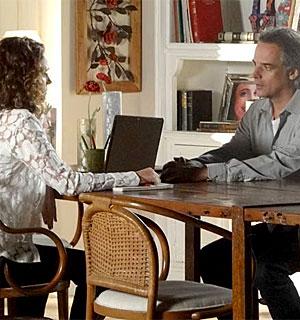 Decidida, Dora põe fim ao casamento com Marcos (A Vida da Gente/TV Globo)