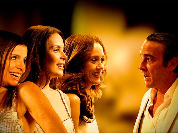 Cadinho e suas três mulheres: Verônica, Alexia e Noêmia (Foto: Avenida Brasil/ TV Globo)