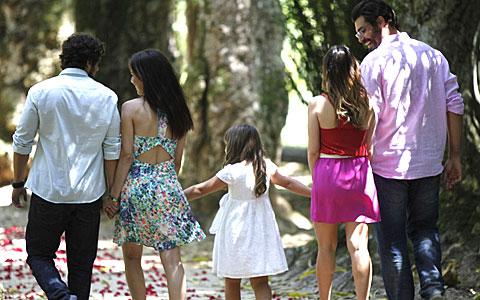Final: Ana volta para Lúcio e Manu para Rodrigo (A Vida da Gente/TV Globo)