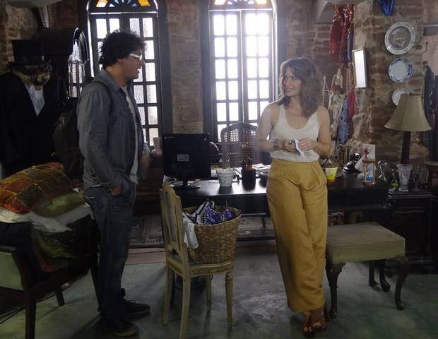 Laura aceita sair com Fabiano e ele fica feliz (Foto: Malhação / TV Globo)