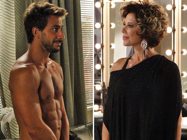 Mirna Bello fica surpresa ao ver Enzo nu (Foto: Fina Estampa/TV Globo)