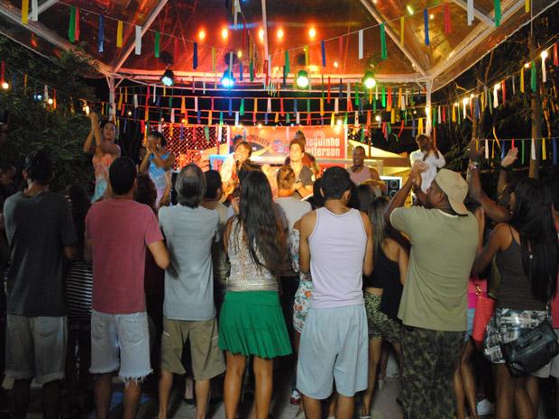 Jefferson e Dieguinho arrasam no Show dos Milagres (Foto: Malhação / Tv Globo)