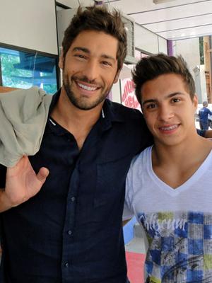 Victor Pecoraro e Petrix Barbosa (Foto: Aquele Beijo / TV Globo)