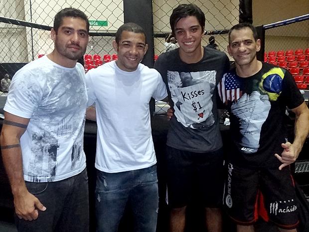 Yuri, José Aldo, Rodrigo Simas (Leandro) e Viniciu Antony (Foto: Fina Estampa / TV Globo)