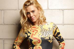Carolina Dieckmann se despede de Teodora e é elogiada pelo autor (Fina Estampa/TV Globo)