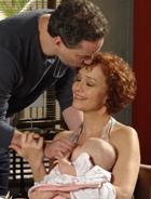 Paulo e Esther ficam com Victoria (Fina Estampa/TV Globo)