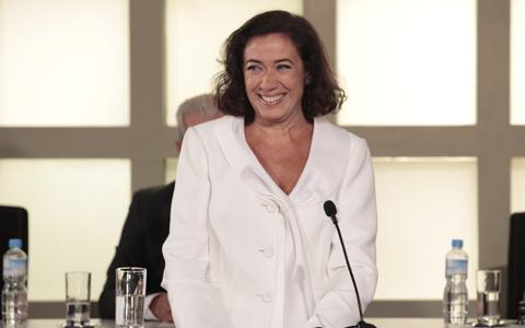 Feliz com Guaracy, Griselda se emociona na formatura de Antenor (Fina Estampa/TV Globo)