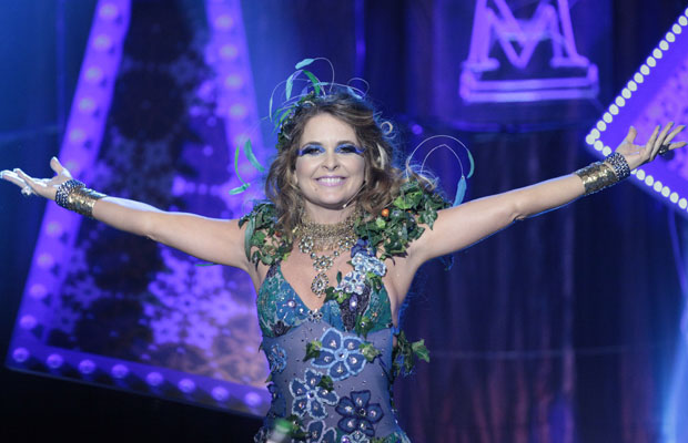 'Chayene é a pomba-gira da novela', define Cláudia Abreu (Foto: Amor Eterno Amor/TV Globo)