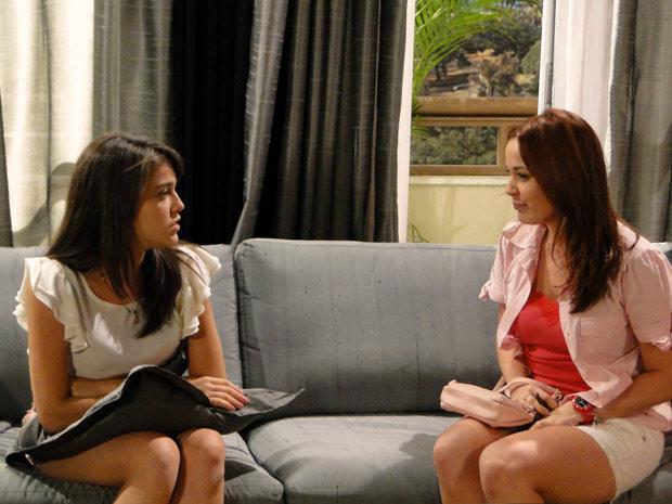Isabela conta que está namorando com Filipe, mas Fabiano não sabe (Foto: Malhação / TV Globo)