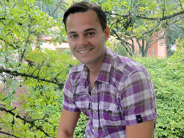 Frederico Reuter e sua banda são fãs da canção (Foto: Aquele Beijo / TV Globo)