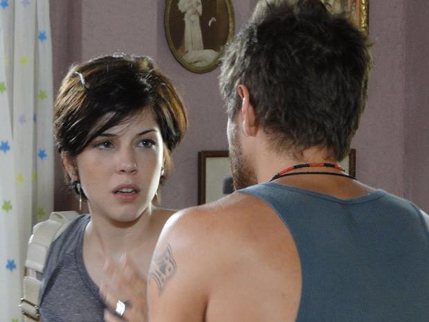"""""""Quando é que você vai entender que eu não quero mais saber de você?"""", dispara Alexia (Foto: Malhação / TV Globo)"""