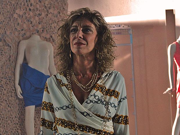 Maruschka se despede da Comprare (Foto: Aquele Beijo/TV Globo)