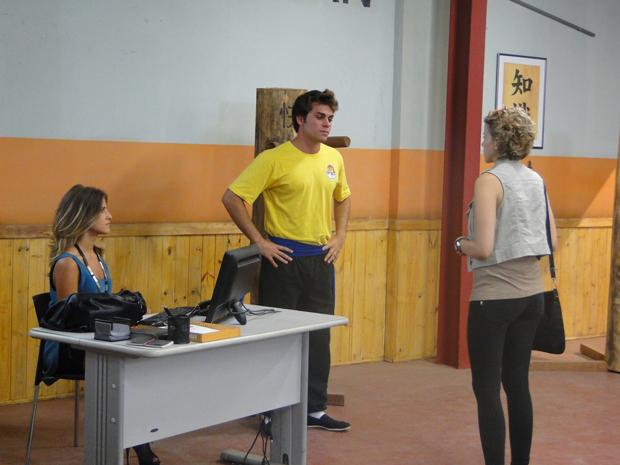 Betão dá o maior fora em babi e diz que o namoro dos dois acabou! (Foto: Malhação / Tv Globo)