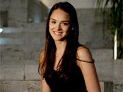 Isabelle Drumond encara a doce Cida (Cheias de Charme/ TV Globo)