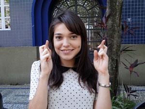 A atriz revela seu lado supersticioso (Foto: Malhação / TV Globo)
