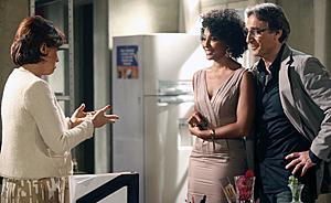 Sarita recupera o registro profissional e pode voltar a advogar (Aquele Beijo / TV Globo)