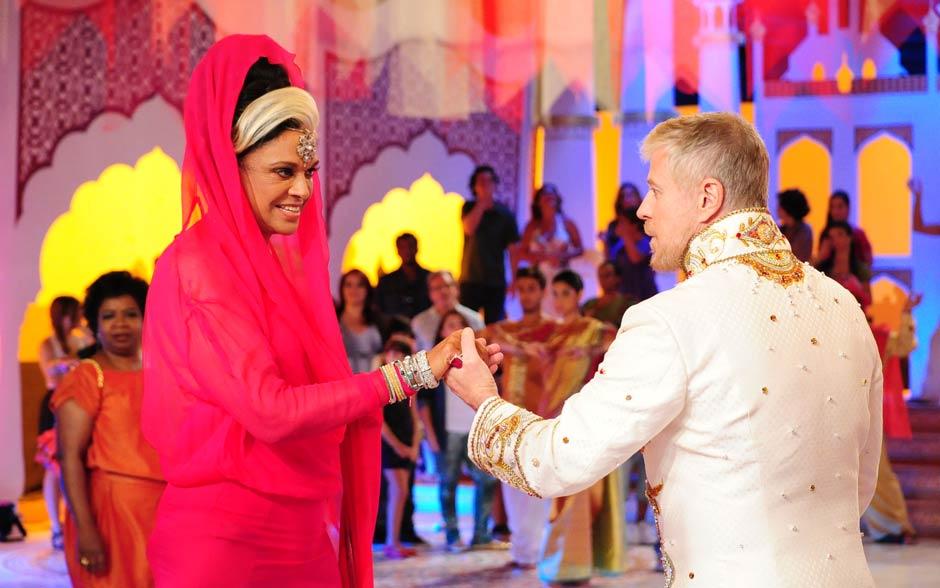 A novela terminou com chave de ouro: o Narrador se casou com a maharani Ashuarya