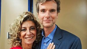 Marido de Marília Pêra faz participação especial na novela (Aquele Beijo/TV Globo)
