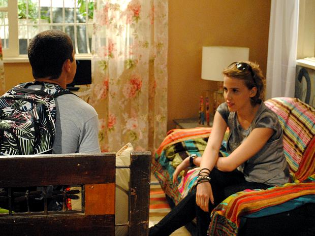 Jefferson procura Babi no apartamento dela (Foto: Malhação / TV Globo)