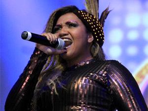 Gaby Amarantos cantou na coletiva da novela (Foto: Cheias de Charme/ TV Globo)