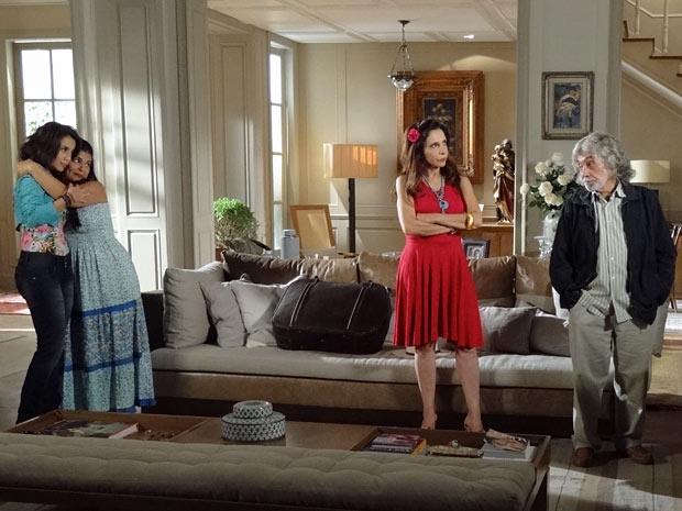 Família já discute qual deve ser o nome do neném (Foto: Amor Eterno Amor/TV Globo)