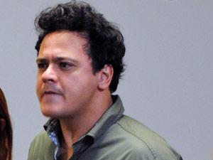 Fabiano proíbe namoro da filha com Filipe (Foto: Malhação / Tv Globo)