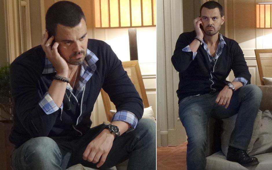 Está aqui um modelito que é a cara do Fernando: camisa xadrez moderninha com casaquinho clássico