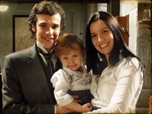 Aps casamento, Dora e Felipe tm um lindo filho (Cordel Encantado / TV Globo)