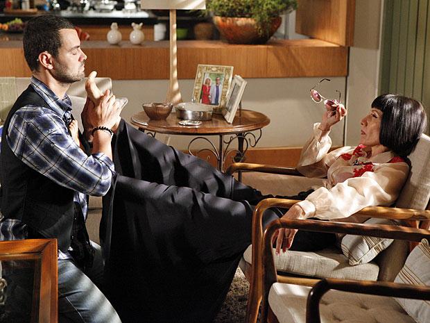 Melissa fala de seus planos a Fernando (Foto: Amor Eterno Amor/TV Globo)