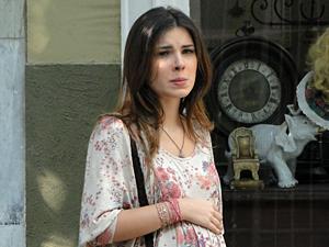 Cristal fica arrasada com o desprezo do ex (Foto: Malhação / TV Globo)