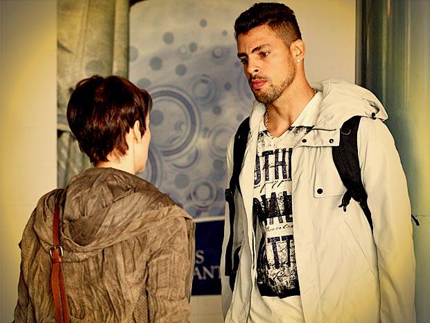 Jorginho fica em estado de choque quando Nina termina tudo (Foto: Avenida Brasil/ TV Globo)
