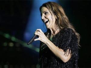 'Darte', na voz de Ivete Sangalo, embala o romance de Lygia e Alejandro (Foto: Cheias de Charme/ TV Globo)