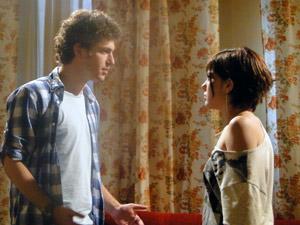 Alexia não acredita que Cristal vai deixar Gabriel em paz (Foto: Malhação / Tv Globo)