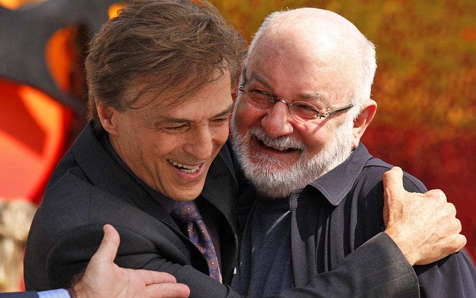 Silvio de Abreu aproveitou sua visita para matar a saudade de Carlos Alberto Riccelli, que faz uma importante participação na trama