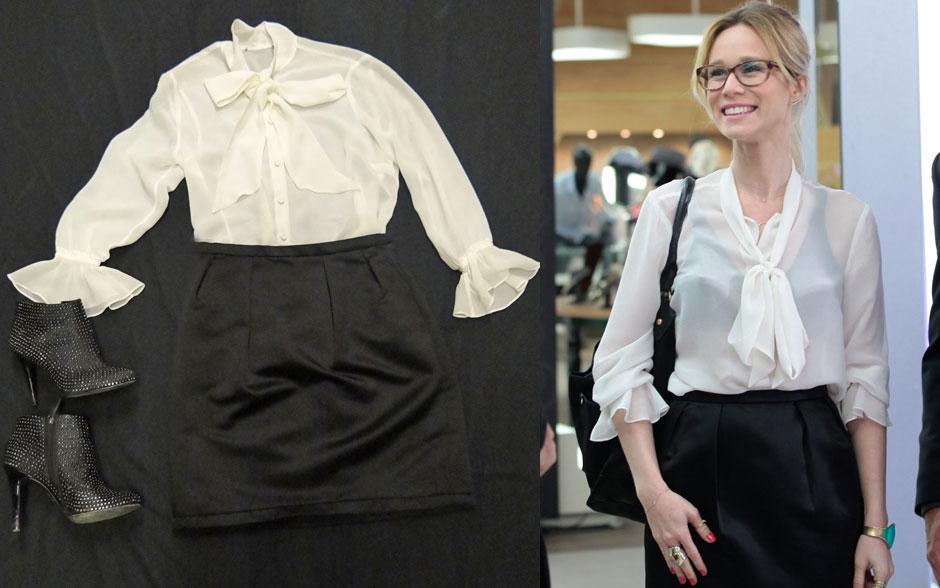 Quando o preto com branco não é tão básico assim: uma blusa com transparência, com laço e ankleboot com brilho