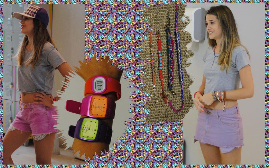 Fatinha também adora misturar vários tipos de pulseiras. E até o relógio da gata é colorido!