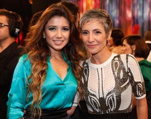 Paula Fernandes e Cassia Kiss Magro (Foto: Domingão do Faustão / TV Globo)