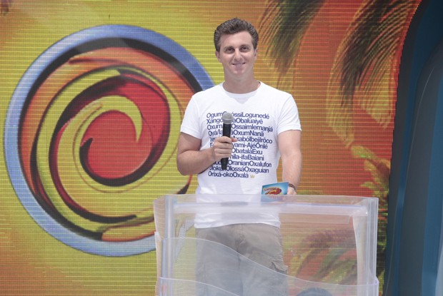 Luciano Huck termina mais um Caldeir&#227;o do Huck  (Foto: Caldeir&#227;o do Huck / TV Globo)