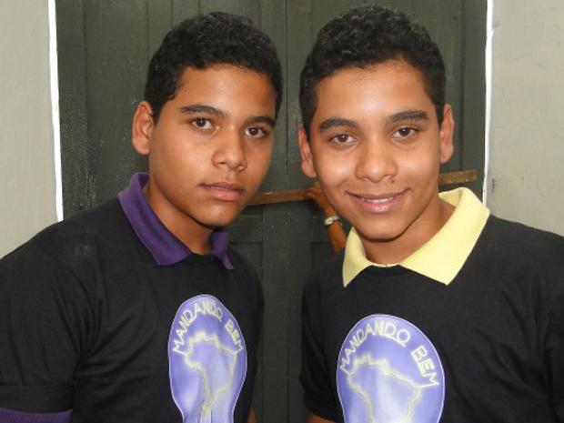 Irmãos gêmeos de Alagoas Mandando Bem (Foto: Caldeirão do Huck /  TV Globo)